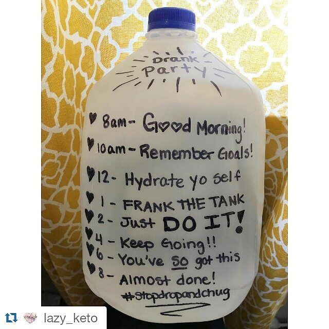 This is so going down on Monday! @deviant.essence get ready for the gallon challenge #Repost @lazy_keto with @repostapp Saw @bombshellintraining do this and wanted to make one right away! But Matt hasn't finished his milk yet then I saw @krystalmayo do this and I was like screw it I'll just go buy a jug haha I struggle so much with drinking enough water. Can't wait to see if I can do it!!! #goaldigger #gethealthy #getfit #lowcarbkaycee #lchf #lowcarb #lowcarbhighfat #lowcarbdiet…