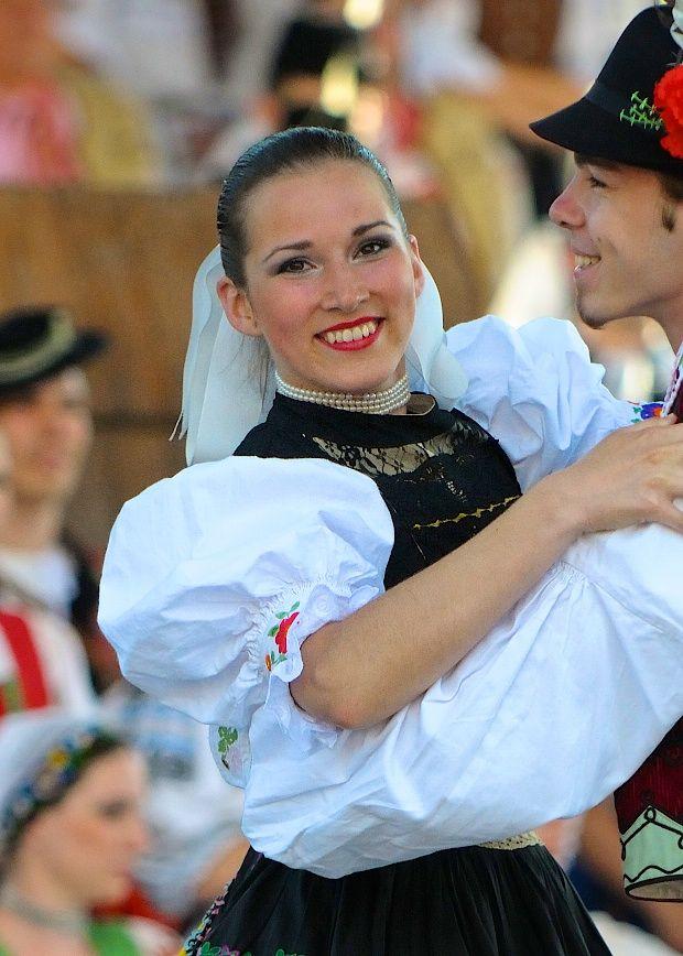 Slovak Girl - Folk Festival Vychodna 2010