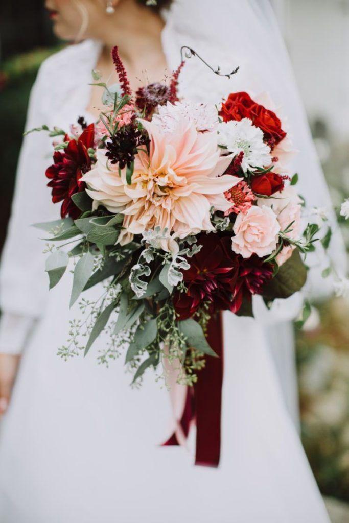 Bouquet Autunnali Sposa.Bouquet Sposa Per L Autunno Composizioni Floreali Matrimonio