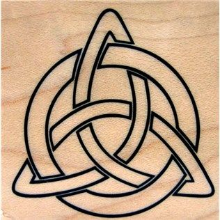 17 best images about trinity symbol on pinterest celtic knot tutorial three sister tattoos. Black Bedroom Furniture Sets. Home Design Ideas