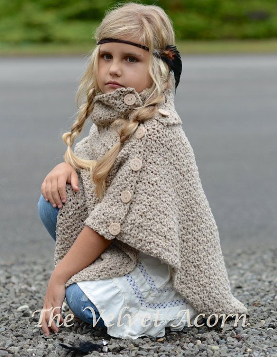CROCHET PATTERN-The Timberlyn Poncho toddler von Thevelvetacorn