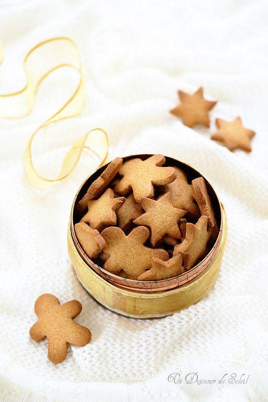 Un dejeuner de soleil: Biscuits suédois aux épices de Noël (pepparkakor)