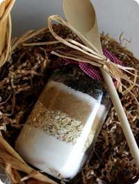 Old Fashioned Oatmeal Cookie Recipe in a Jar. So many different spins on this and easy to make. If you make a lot to give out as presents, it can be really cost effective too!