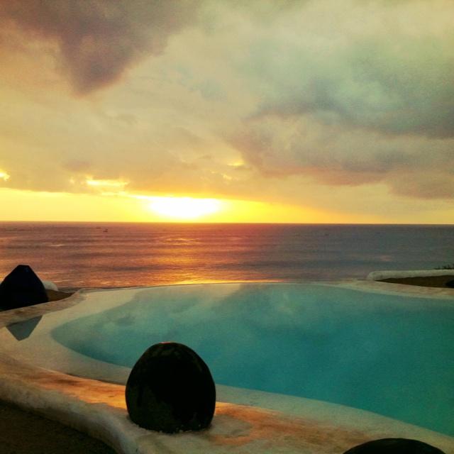 El Kabron Cliff Club, Bali