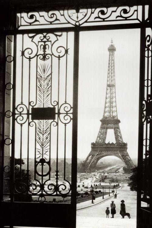 Paris through doorways at Language Bunny