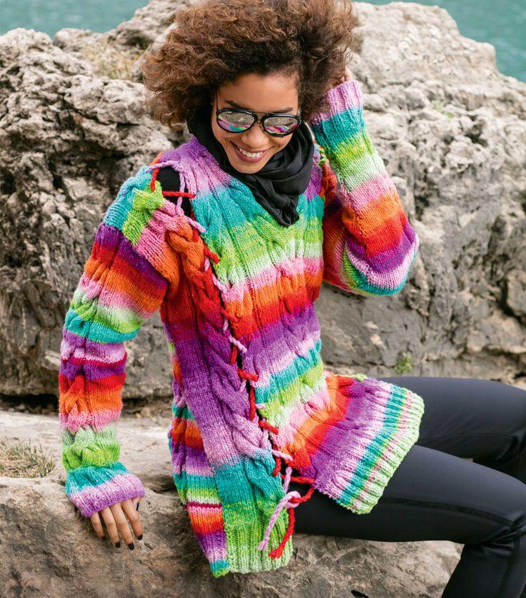 Цветной пуловер со шнуровкой