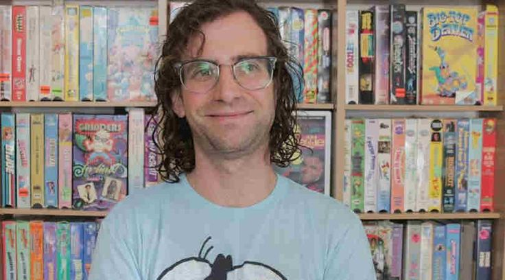 Kyle Mooney Height Weight Body Statistics and Biography