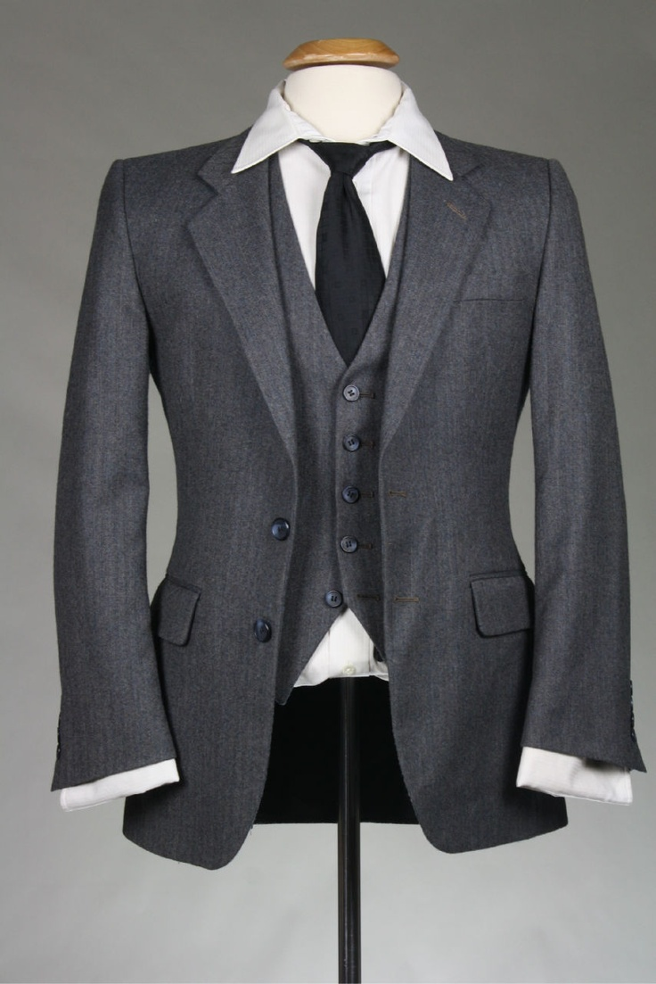 Vintage Pierre Cardin Charcoal 38 S Slim Fit Skinny 3 Piece Flannel Wool  Suit
