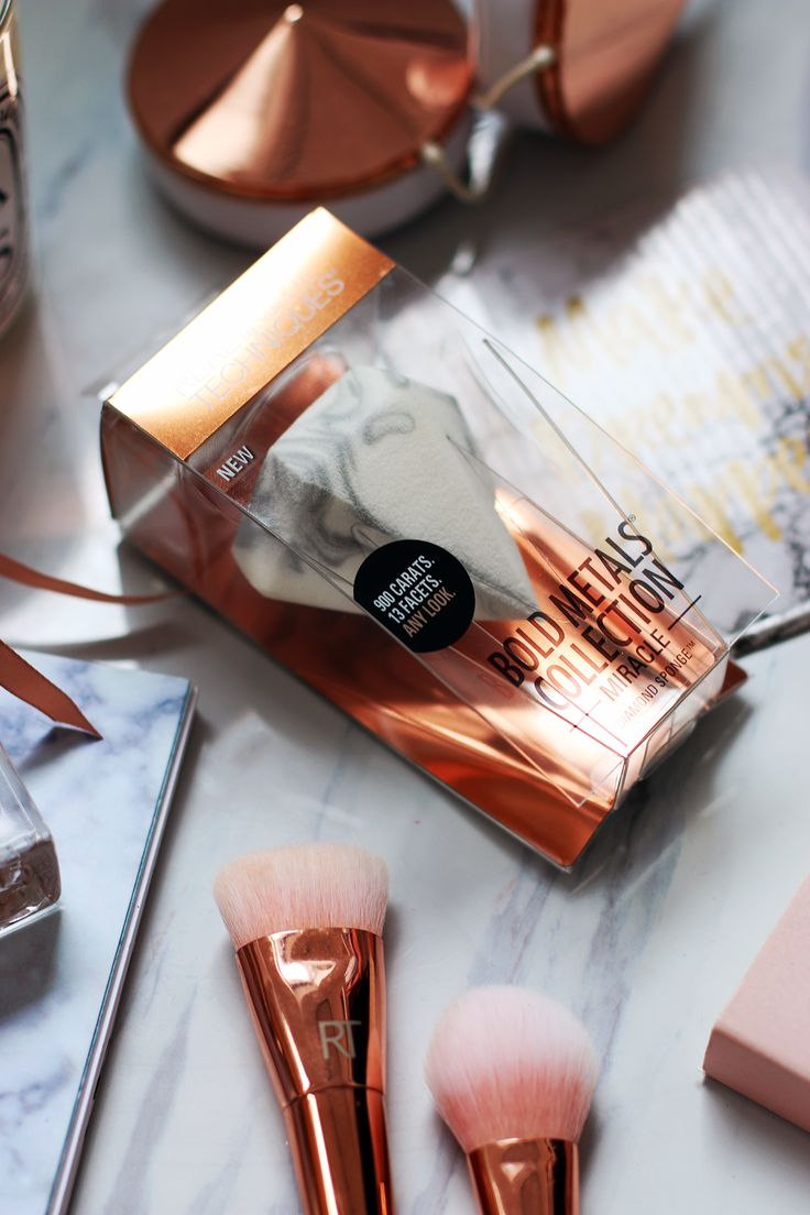 REVIEW | Real Techniques Bold Metals Miracle Diamond Sponge