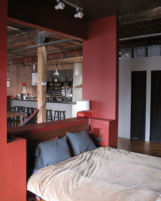 House Tour: LJ Builds To Fit One More U2014 New York