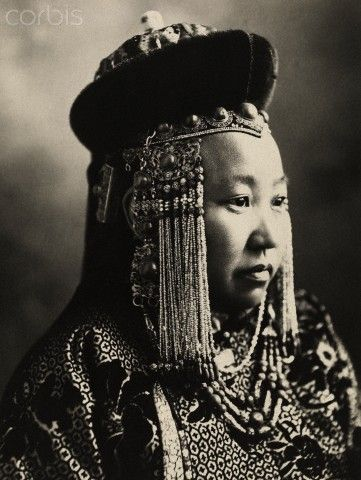Portrait of a Mongolian princess in full court dress.  ca. May 1921 | © Adam Warwick/National Geographic Society/Corbis