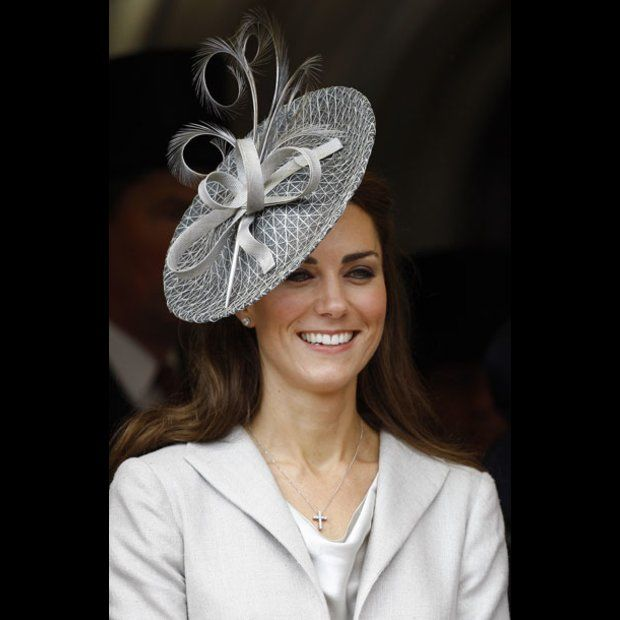 Grey Fascinator and Kate Middleton