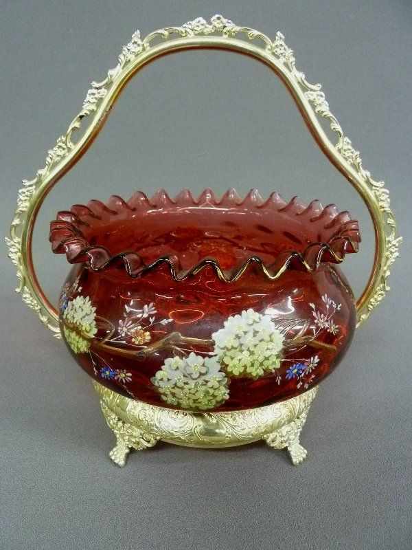 Высокое качество 19-го века Клюква Coinspot Невесты Корзина с ручной росписью цветочным декором, подписанного Meriden Серебряная Ко