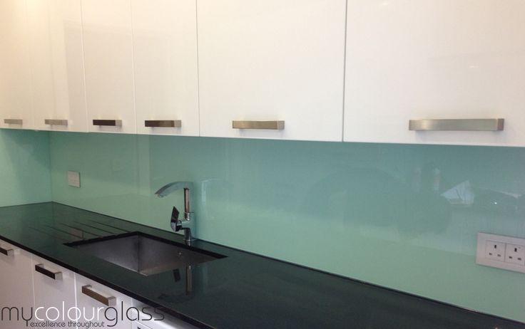 Kitchen Glass Splashback Ideas & Gallery