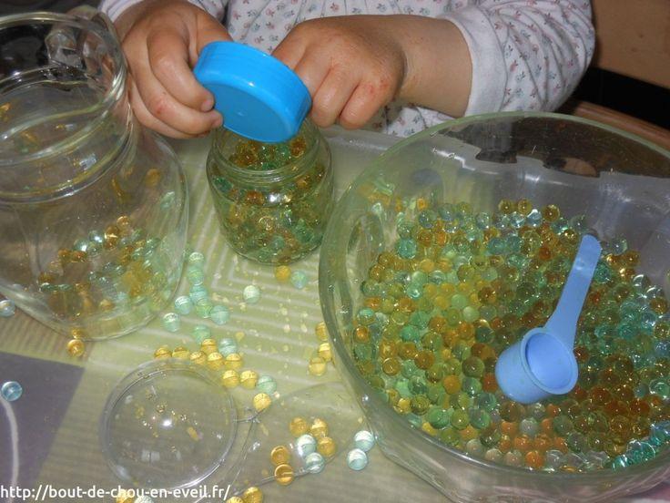 Jeux sensoriels avec des perles d'eau   Bout de chou en éveil