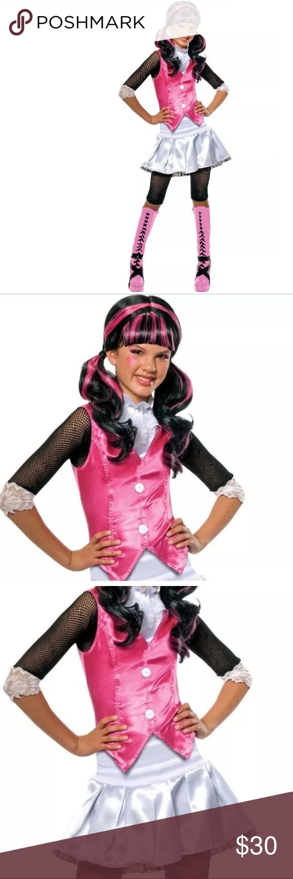 Draculaura Monster High Girls Halloween Costume Draculaura Monster High Girls Fancy Dress Halloween Costume New    Includes:  • Shirt with attached vest • Skirt • Leggings • Wig    Size Small 4-6 Height: 44-48 in Waist: 25-26 in   Size Medium 8-10 Height: 50-54 in Waist: 27-30 in   Size Large 12-14 Height: 56-60 in Waist: 31-34 in Costumes Halloween