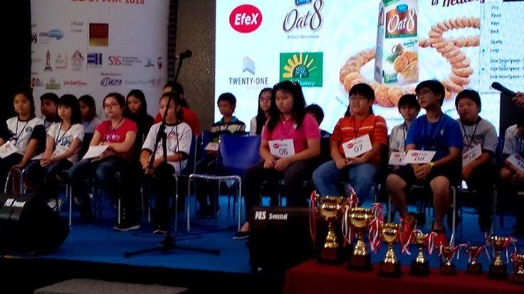 Spelling contestants