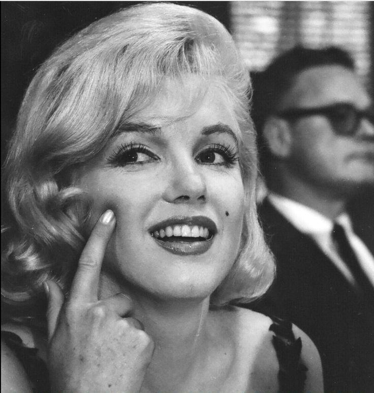 Marilyn Monroe De Marco Antonio Monteiro Mam Em 2020 Atrizes Look