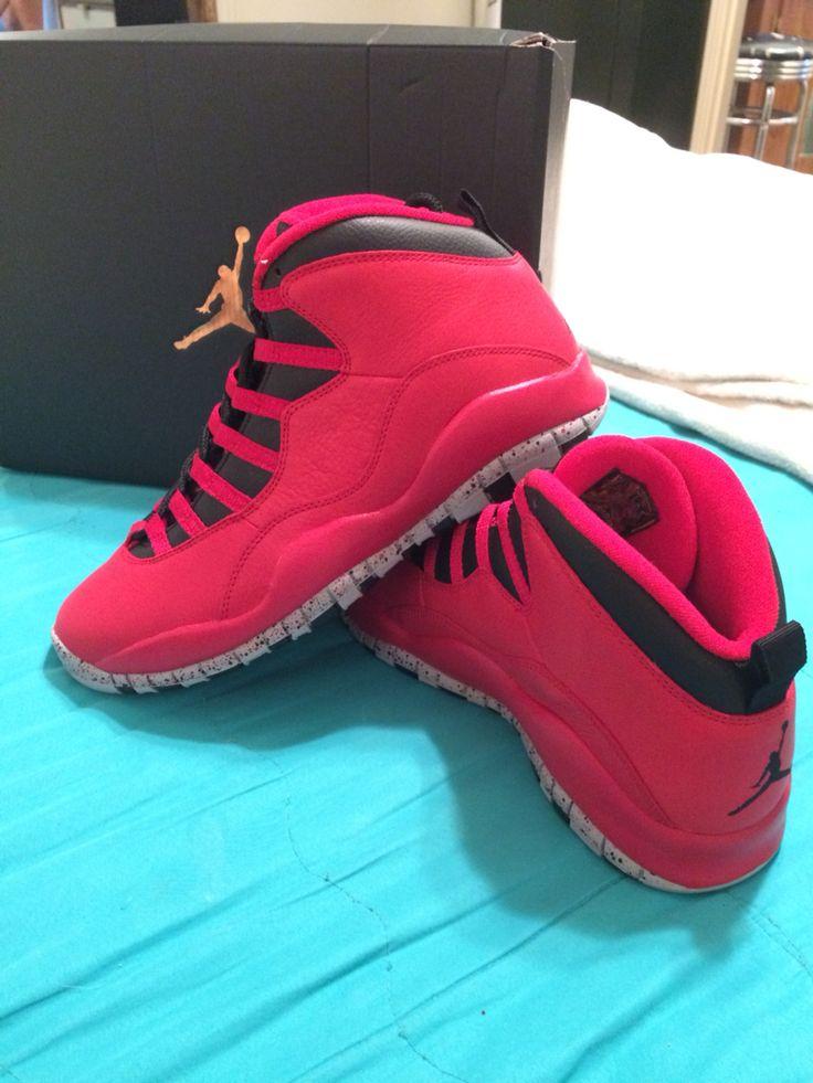 Broad Way Nike Shoes