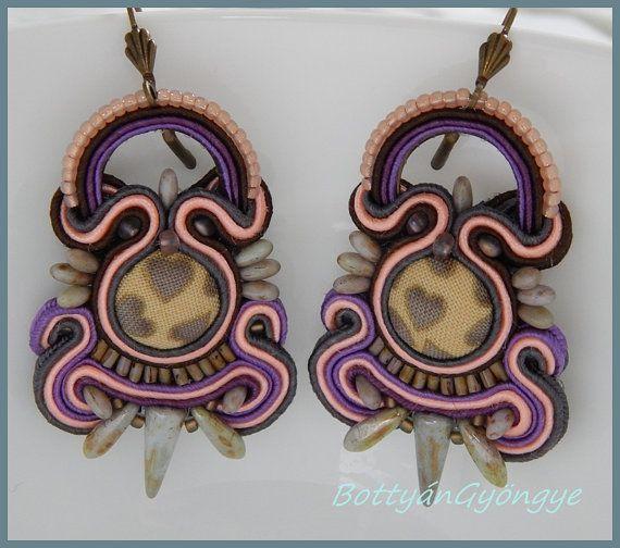 New Guinea Soutache earrings by BottyanGyongye on Etsy
