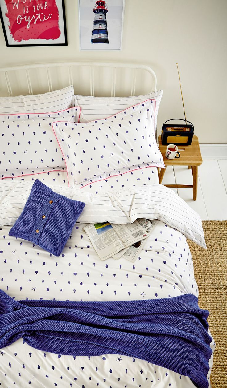 Bedding jardin collection bedding collections bed amp bath macy s - Bring The Seaside Into Your Home With A Lovely Double Duvet Cover Featuring A Small Scale Shell Pattern With A Hand Drawn Effect This Bedding Is Finished