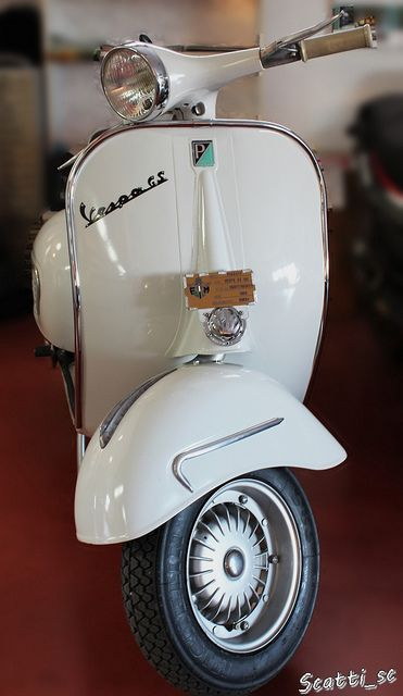 Paloma. I WILL ride one of these around in Italy one day. :)