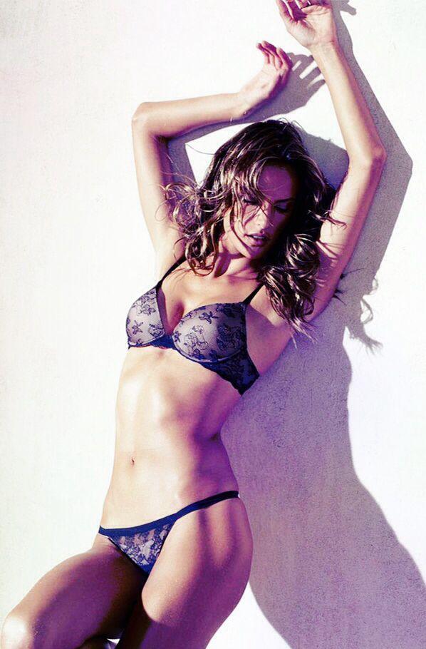 Alessandra Ambrosio Victoria Secret's Lingerie