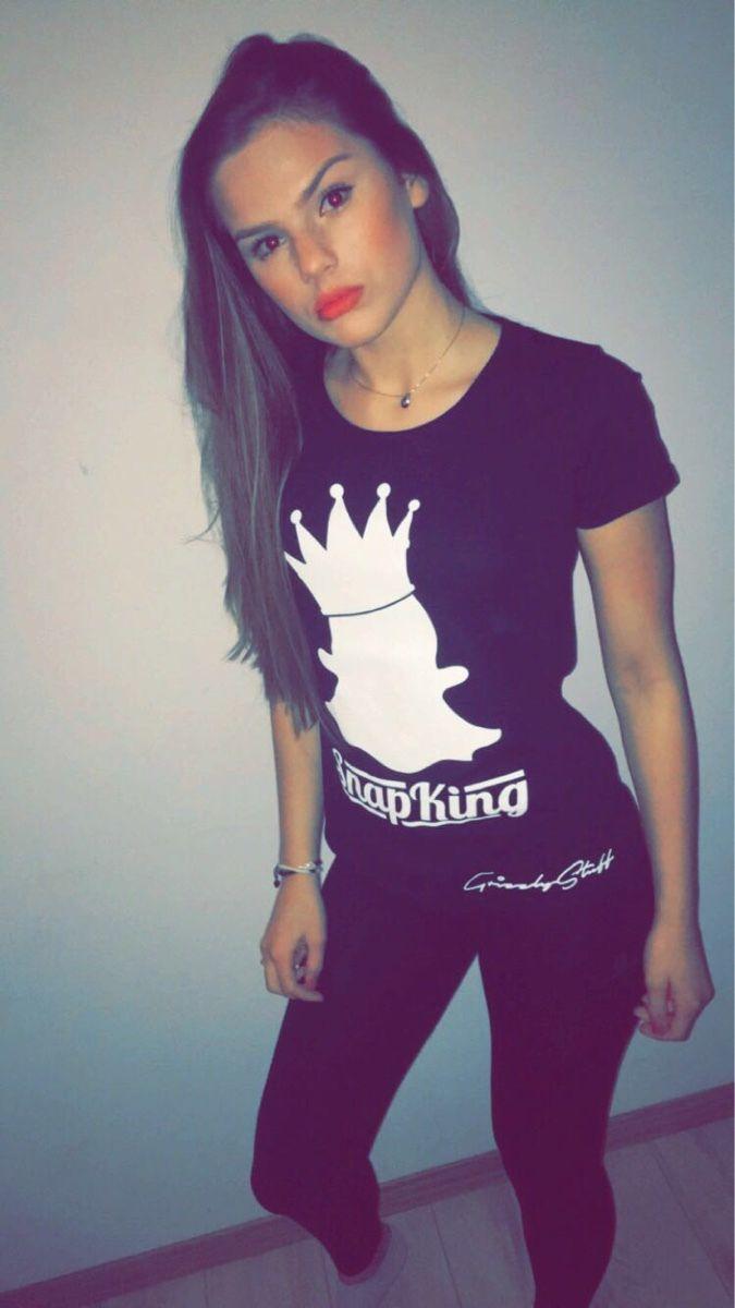 T For Famke Marielouisen Rapper Op Pinterest In En Van Shirts Louise Women 2019 Women Pin vq8n4T5W6