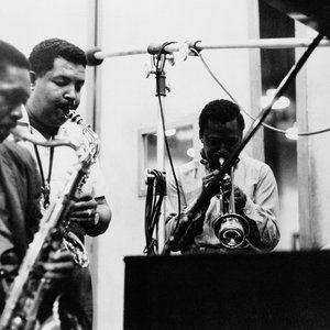 Le 2 mars 1959 à 14H30, les premières notes de musique de l'album qui allait…