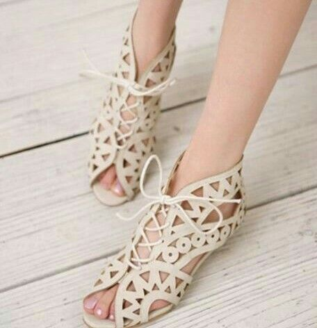 Big Size 34 43 Fashion Cutouts Lace Up Women Sandals Open Toe Low Wedges  Summer Shoes Open Toe Gladiator Platform Woman Sandal From Ladyqueen's Store