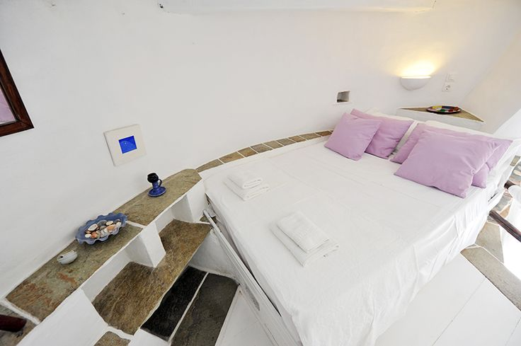 """I feel comfortable here"" #windmill #windmillbellavista #sifnos #room #bed #boutiquehotel"
