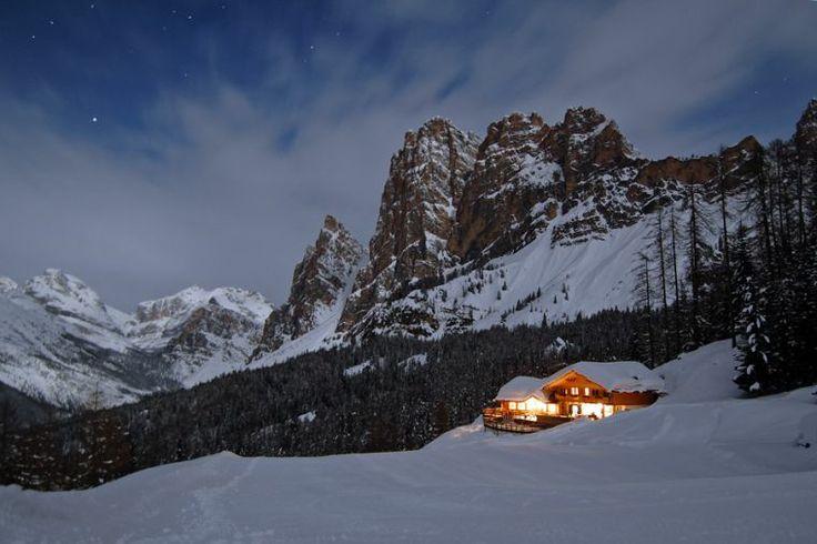 night cabin Cortina   #Dolomiti4u