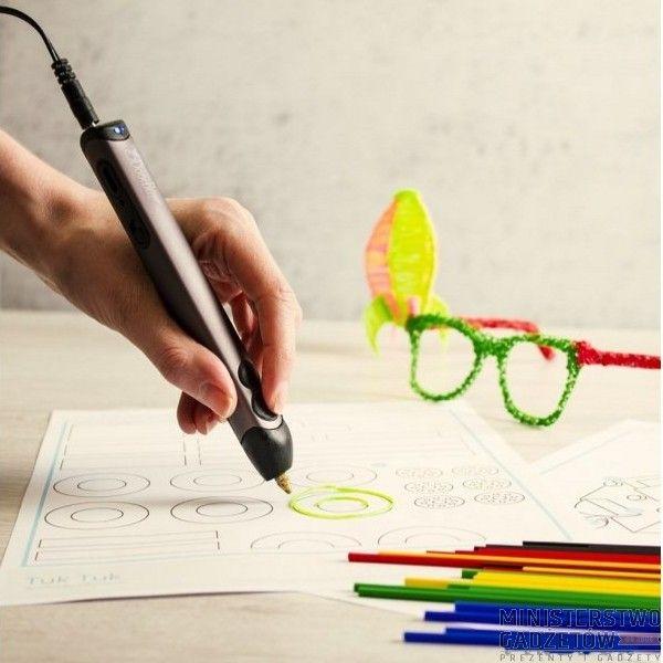 Tchnij życie w swoje rysunki! 3Doodler 2.0 Długopis 3D pozwala na tworzenie trójwymiarowych wzorów.