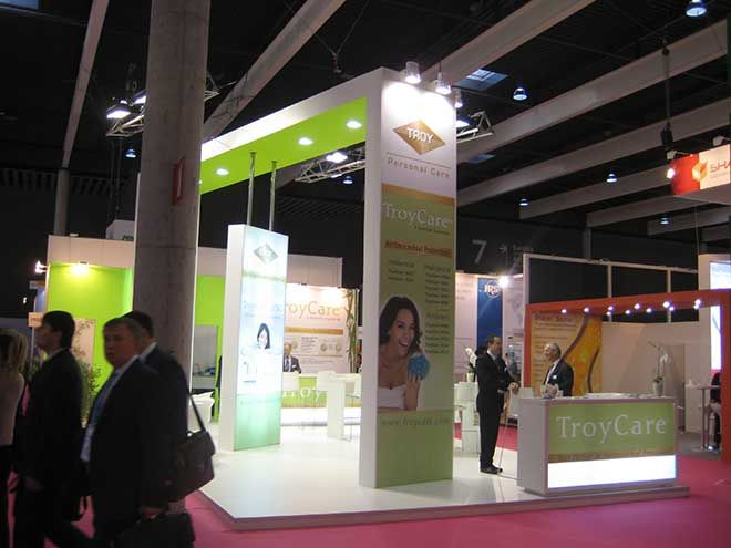 TroyCare stand In-Cosmetics 2015 lateral