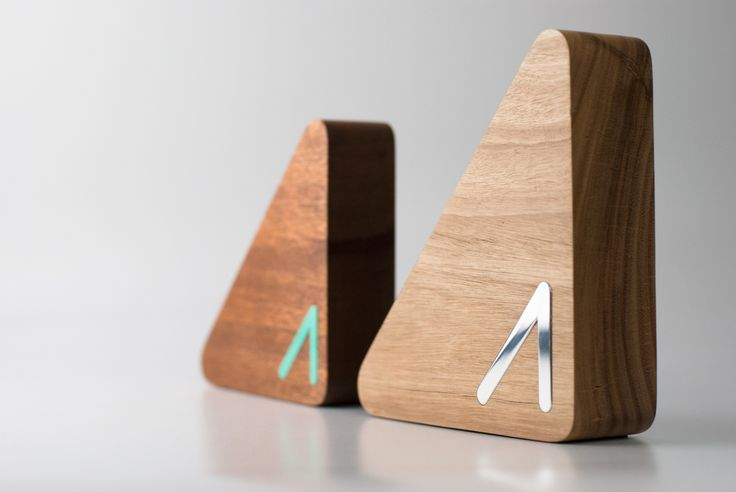 The Advance Global Australians Trophies 2016, presented by Prime Minister Malcolm Turnbull, are made from salvaged Australian sustainable timber | #design #awards #moderndesign #sustainable #trophy