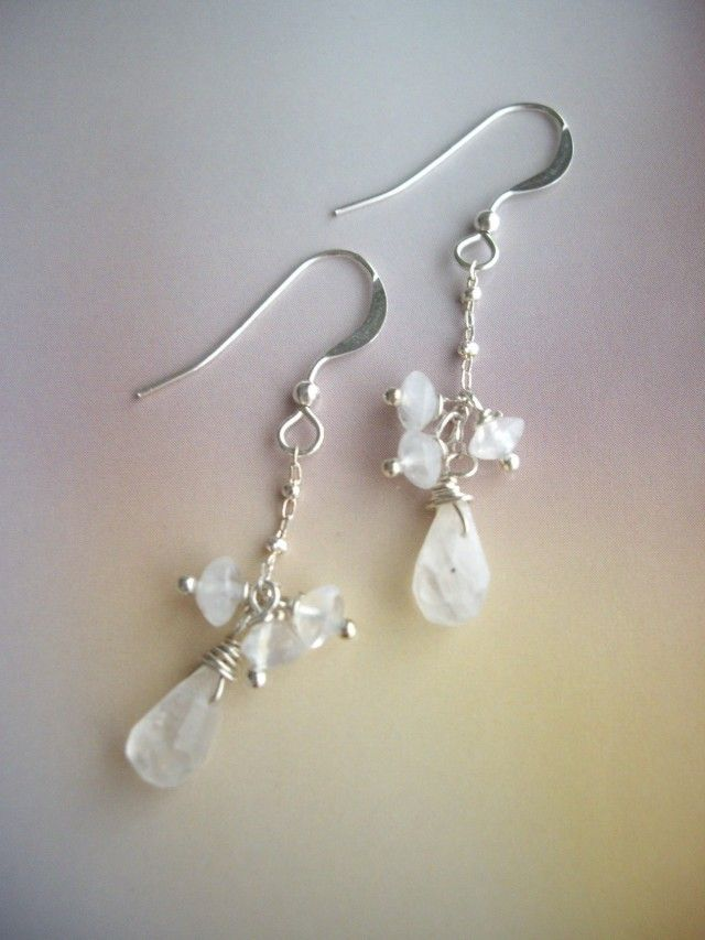 レインボームーンストーン プチピアス - Yoko's Jewelry