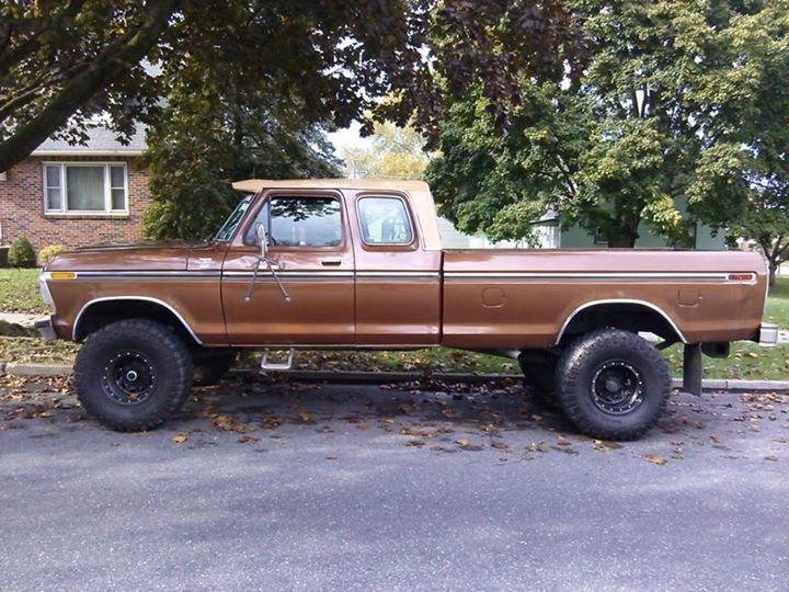 Lifted Ford Super Cab
