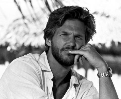 Jeff Bridges. Dear Jeff, I loved you even before I met my husband who sort of looks like you. It's true.