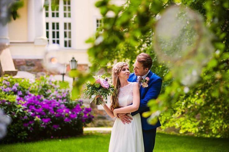 Garden of Love - inspiration for outdoor ceremony #bride #groom #palace #wedding #garden #ceremony #outdoor #peonies #weddingbouquet #weddingdress #pannamłoda #panmłody #zaślubiny #ogród #ślub #wesele #pałac #powiedztak #ido #piwonie #bukietślubny