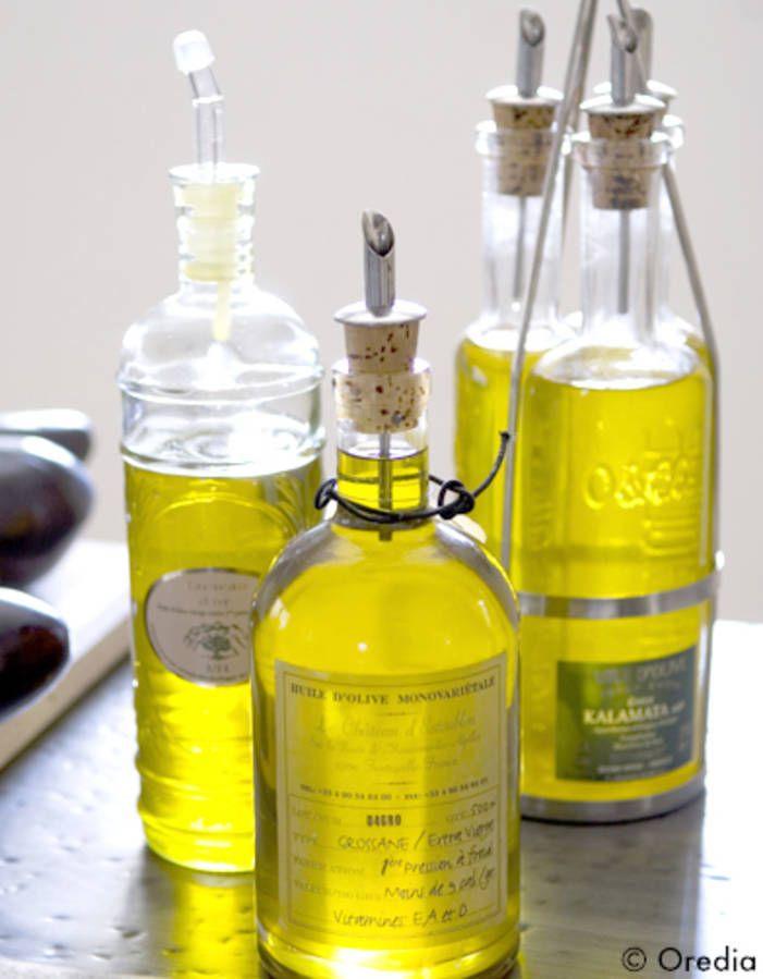 Pour changer du sempiternel trio huile d'olive + moutarde + vinaigre, on ose les huiles parfumées et les vinaigrettes originales dans nos marinades ou nos sa...