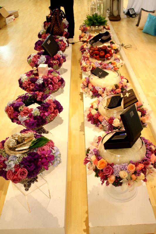 So very pretty the hantaran trays