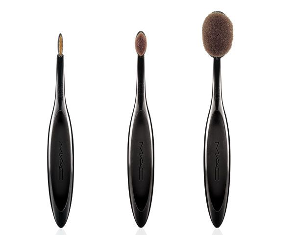 How to use the new M.A.C. makeup brushes