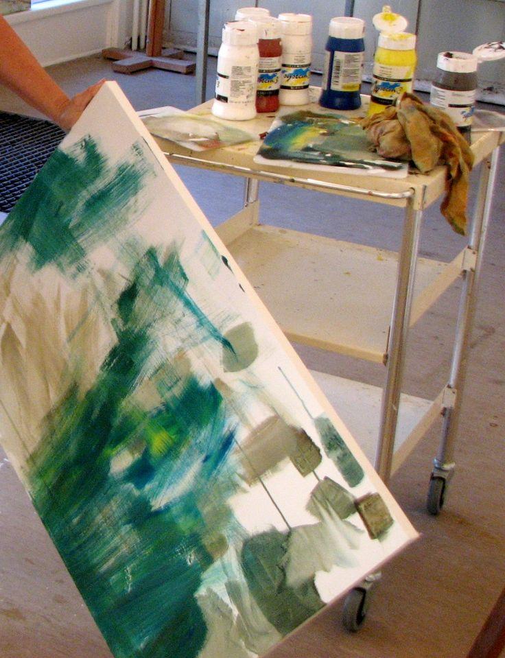 wepaint.dk et rigtig godt tips når du maler, brug restfarver på dine nye hvide lærreder... så er du startet på dit nye maleri!