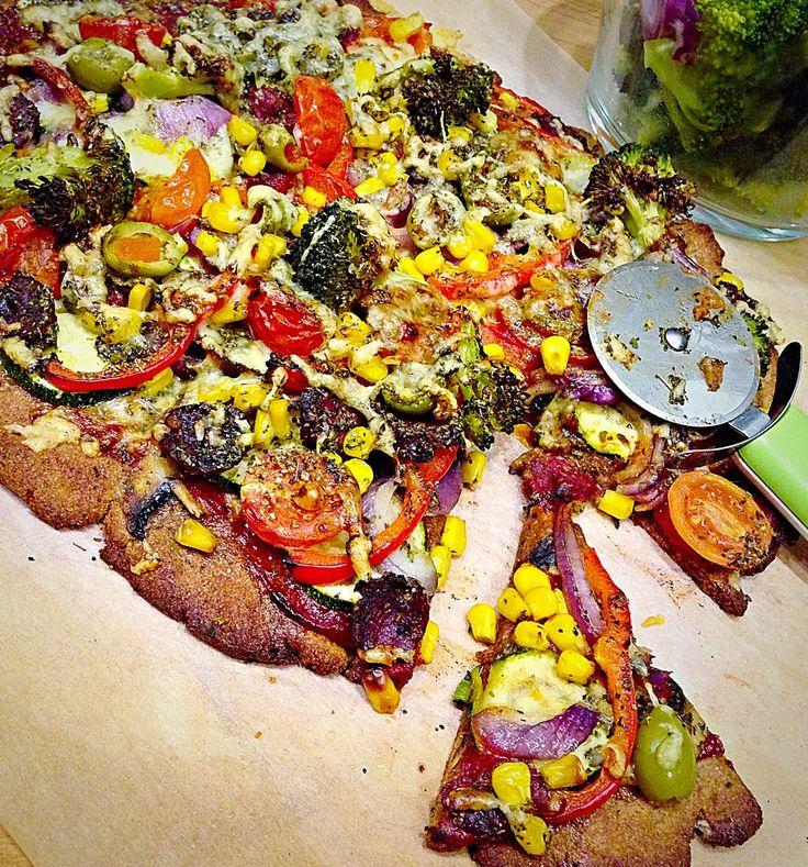 Prawie Perfekcyjna Pani Domu: Zielona pizza żytnia