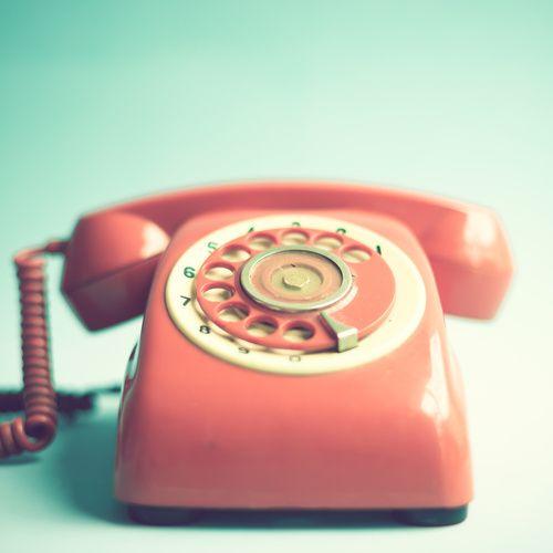Cuando para llamar había que girar una rueda... #Teléfono #retro #vintage