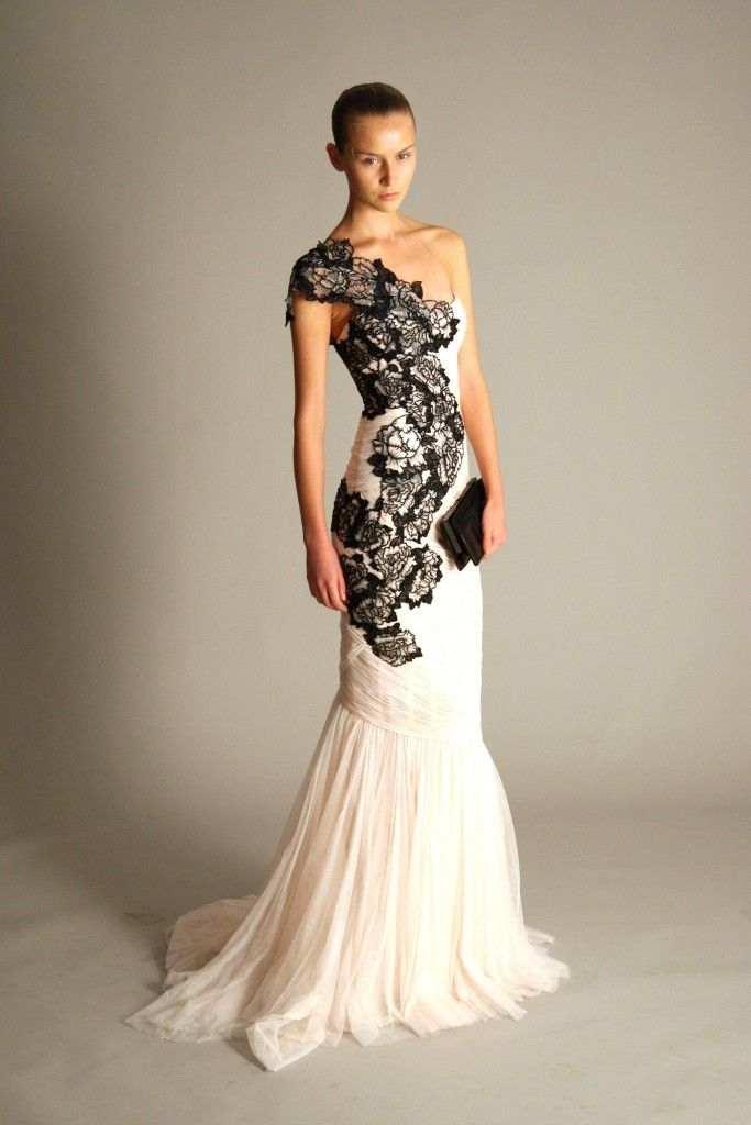 marchesa: Black Lace, Wedding Dressses, Fashion, Wedding Dresses, Black And White, Black White, White Lace, Lace Dresses, White Gowns
