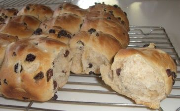 Hot cross buns are part of Easter celebrations for many families & these are packed full of our organic dried fruit! > http://www.goodness.com.au/Hot-Cross-Buns.html