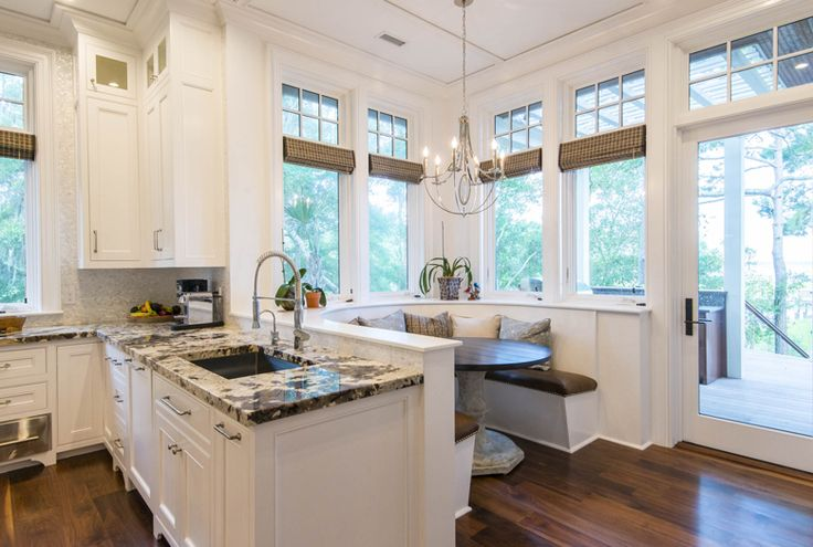 The kitchen & light-filled breakfast nook at 93 Salthouse Lane on #Kiawah Island (available for sale as of 09.21.16) #LuxuryRealEstate