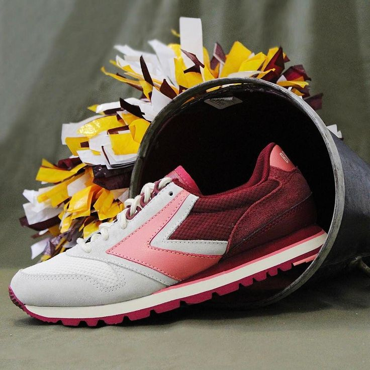 brooks shoes history