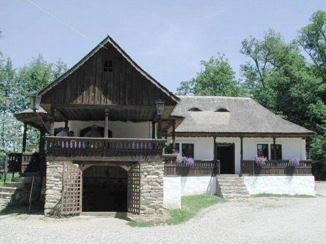 """Cârciumă ţărănească; Bătrâni, com. Starchiojd, jud. Prahova; Complexul Naţional Muzeal """"ASTRA"""" - Sibiu; Categoria CONSTRUCŢII"""